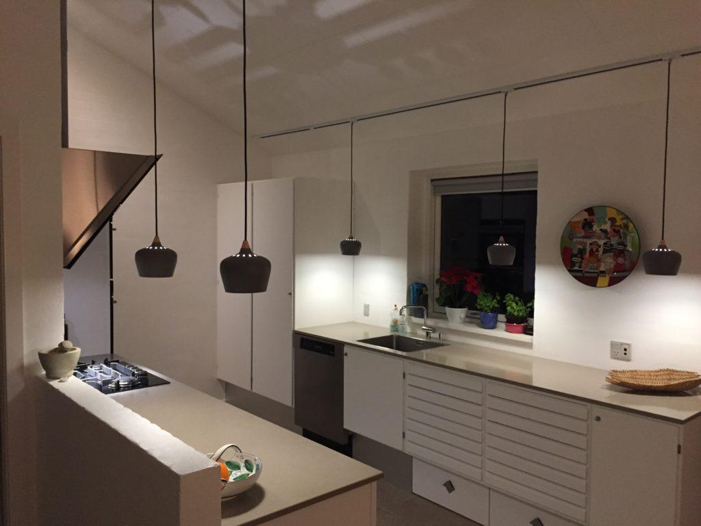 Picture of: Renovering Af Lager Maling Lakering Af Kokkenlager Giver Nyt Liv